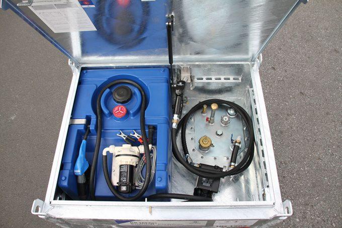 Quadro C-700 Blue (ADR) mit 125l AdBlue Tank aus PE.